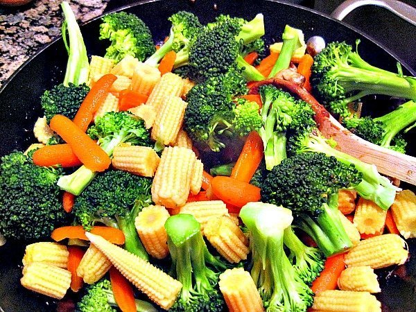 Joyce-Chens-Chinese-Beef-and-Broccoli-2-1