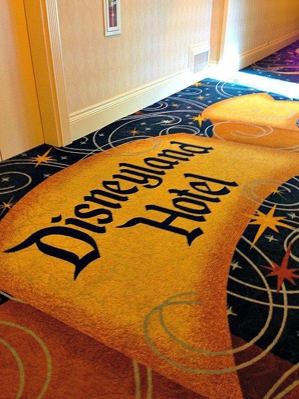 Disneyland-Hotel-3-1