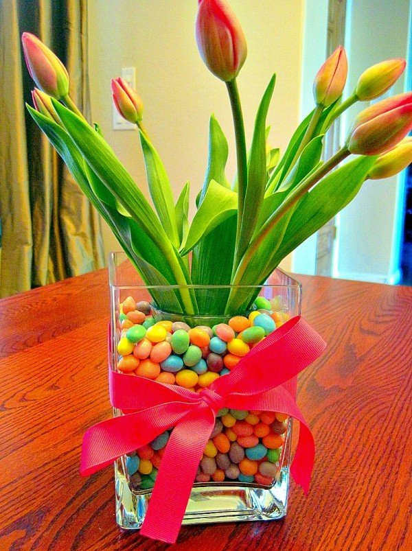Tulips-in-Jelly-Beans-Easter-Centerpiece-1