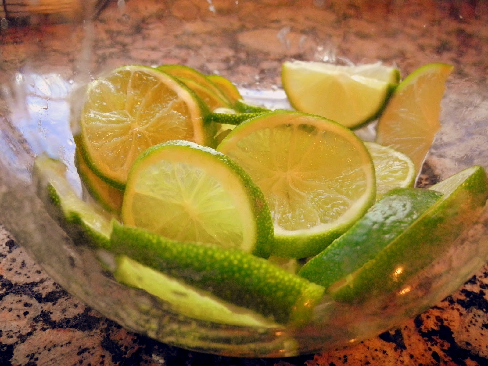 Sparkling Limeade with Mint