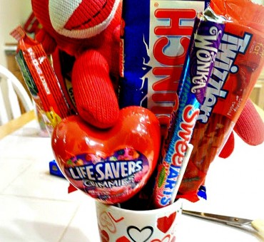 DIY Valentine's Candy Bouquet