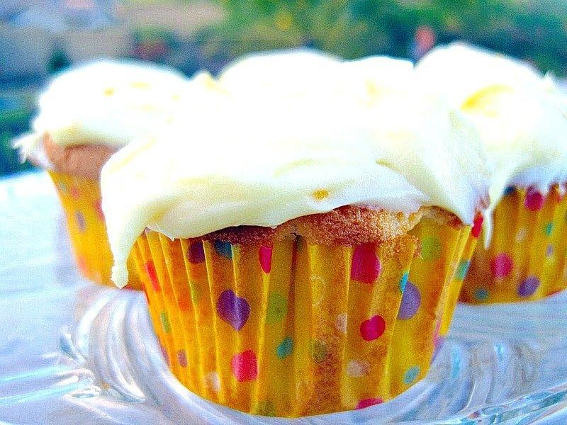 Orange Creamsicle Cupcakes1