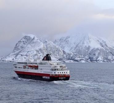 Put A Dent In Your Bucket List On A Norway Cruise From Hurtigruten