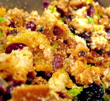 Cranberry Apricot Crock Pot Stuffing