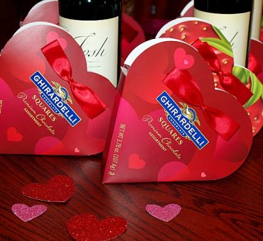Ghirardelli Chocolate S'mores, Wine + A Giveaway