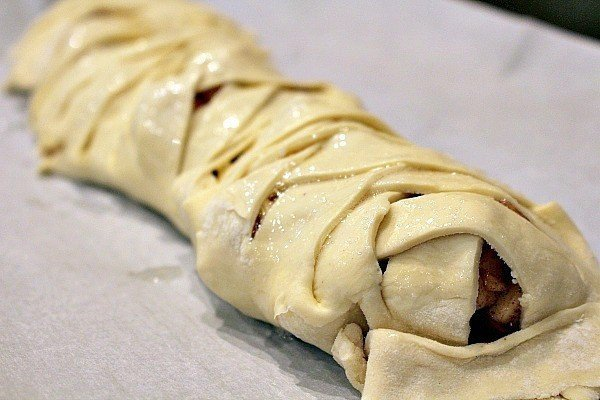 cranberry-apple-strudel-11