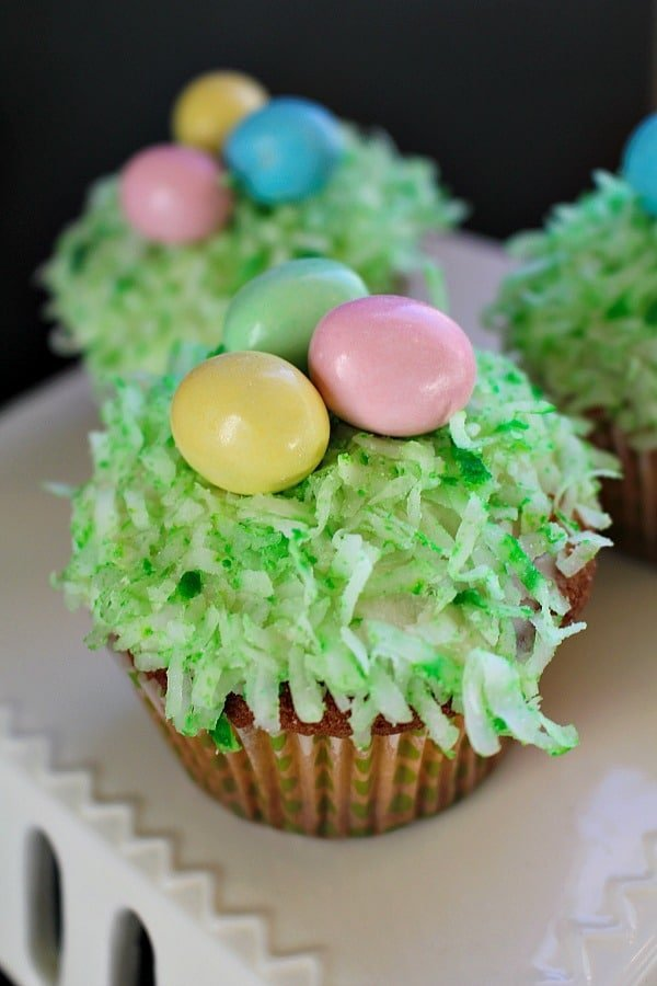 Easter-Basket-Cupcakes-7