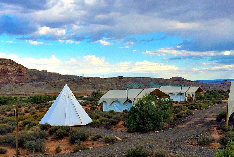 Glamping Under Canvas Moab7