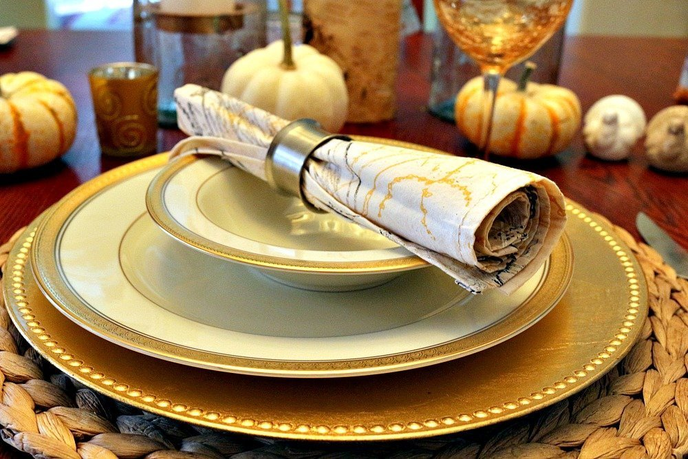 Gold & Silver Thanksgiving Tablescape8