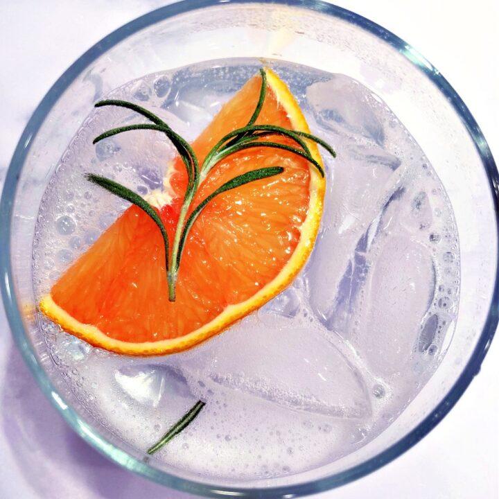 Orange Rosemary Gin andTonic Mocktail3