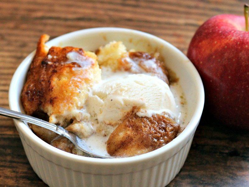Cinnamon Apple Cobbler7 #apples #cobbler #fall #fallrecipes