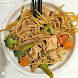 Garlic Ginger Noodles with Chicken